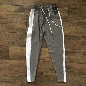 Alphalete Gray White Joggers Pants NWT XS